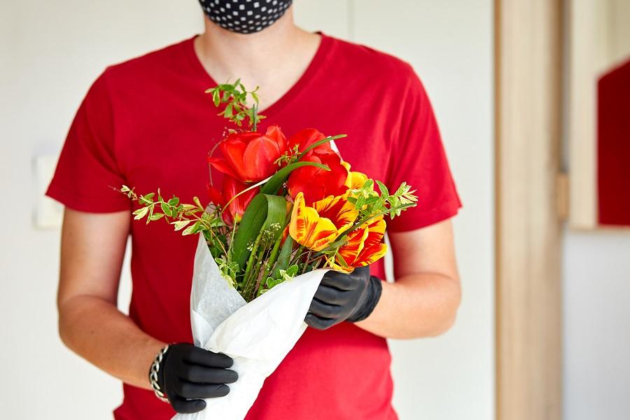 Consegna fiori a domicilio: come stupire chi ami